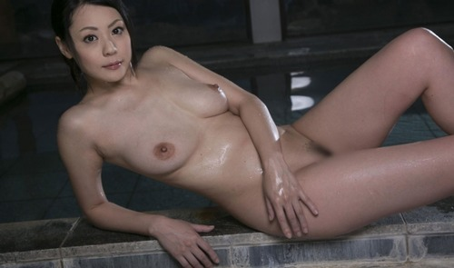 Nana Aida-115