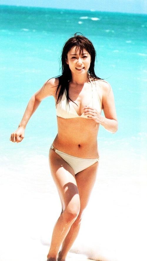 深田恭子 水着 Kyoko Fukada Sexy Bikini Images 17