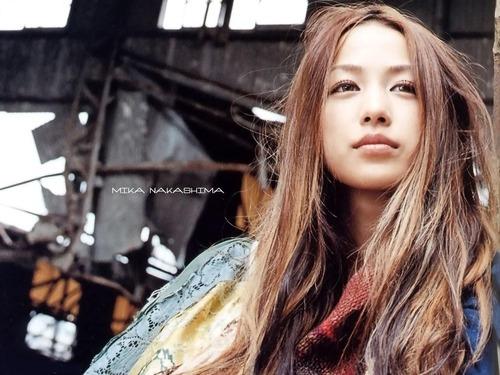 Mika_Nakashima_09