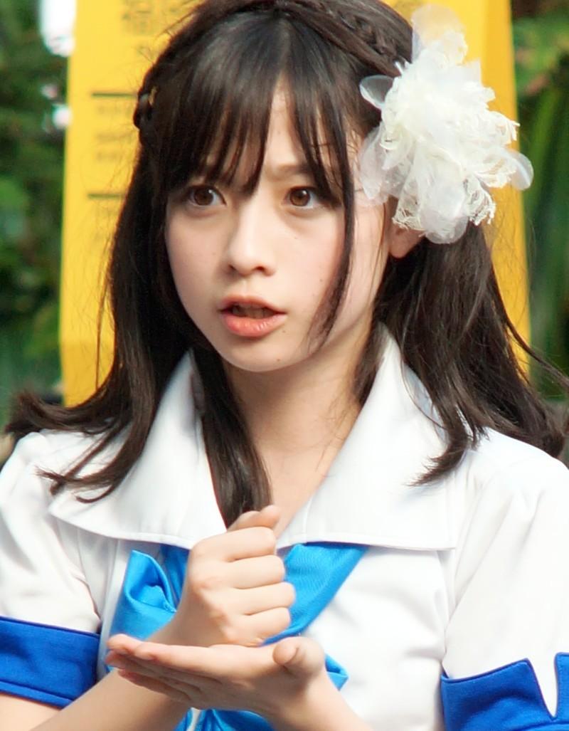 Kanna Hashimoto 橋本環奈 LOVE-arigatou- Images 6