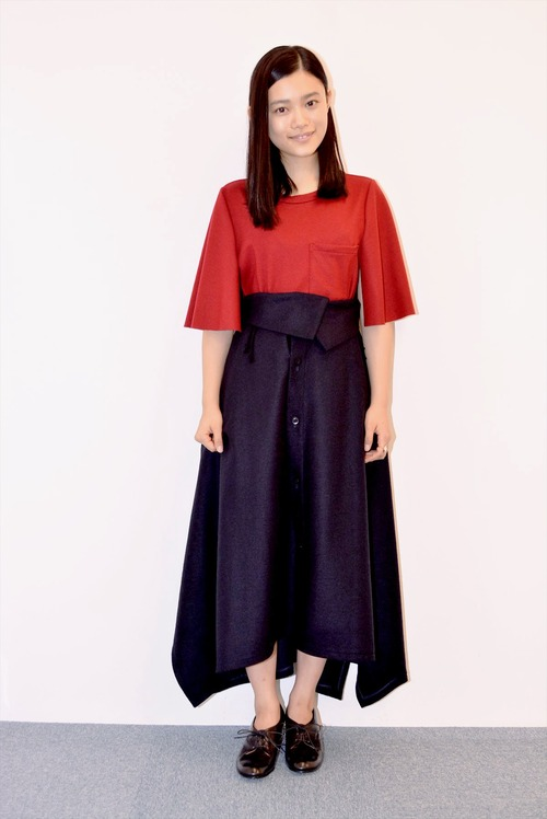 Sugisaki Hana-097
