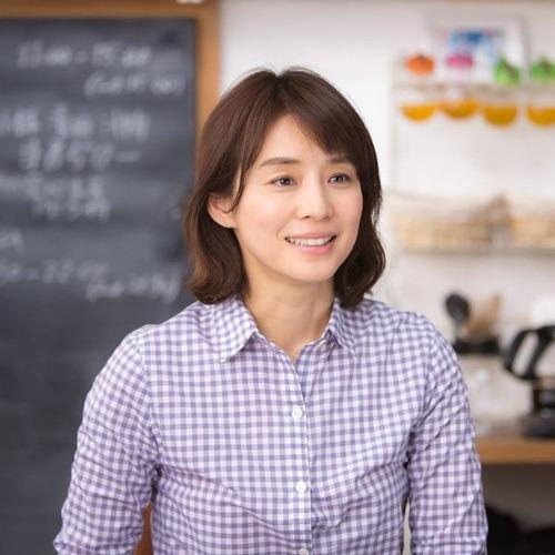 Ishida Yuriko-015