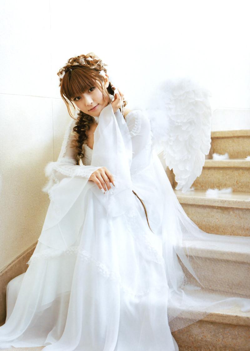 可愛すぎる天使になる深田恭子
