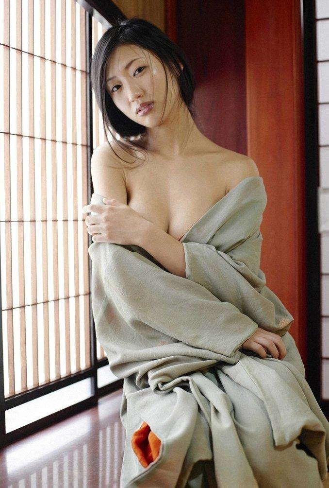 Dan Mitsu 壇蜜 Photos 19