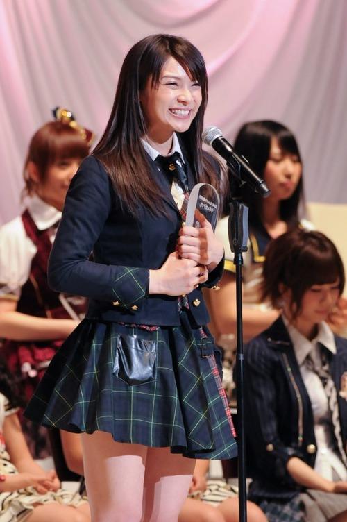 Sayaka Akimoto  04