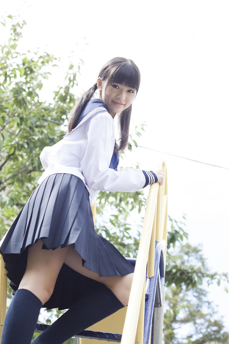 優希美青 Yuki Mio School Girl Images 6
