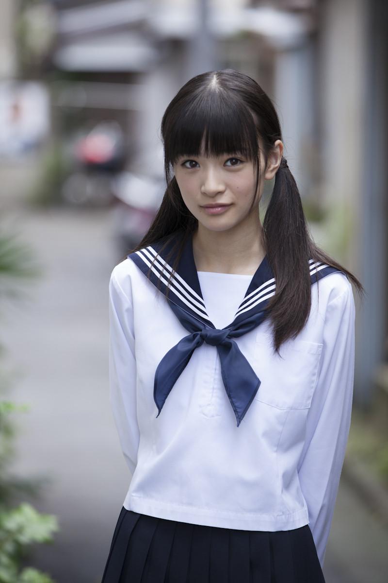優希美青 Yuki Mio School Girl Images 9
