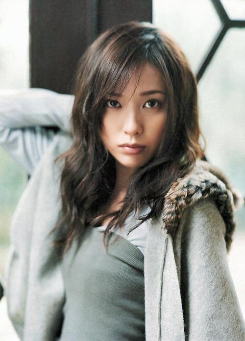 Erika Toda 28