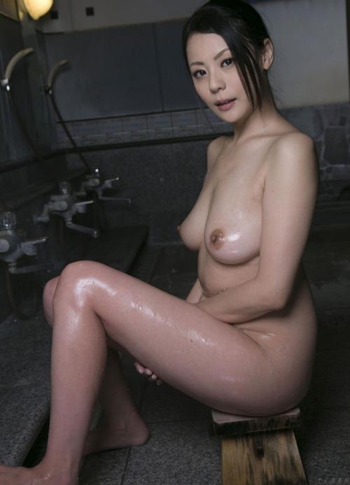 Nana Aida-111