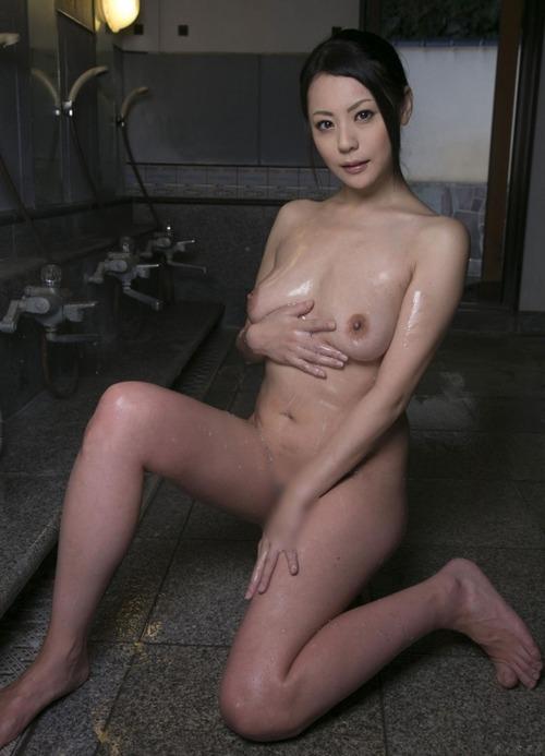 Nana Aida-114