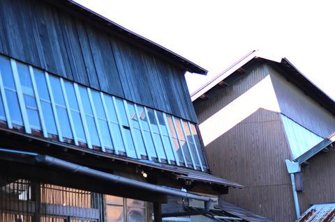 ノコギリ屋根工場をリノベーションしたおしゃれカフェ 一宮・篭屋の「Yut@ cafe ゆたかふぇ」