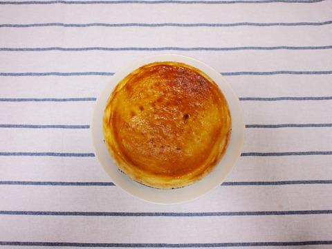 自家製ニューヨークチーズケーキを BASE COFFEEで購入した珈琲とともに…