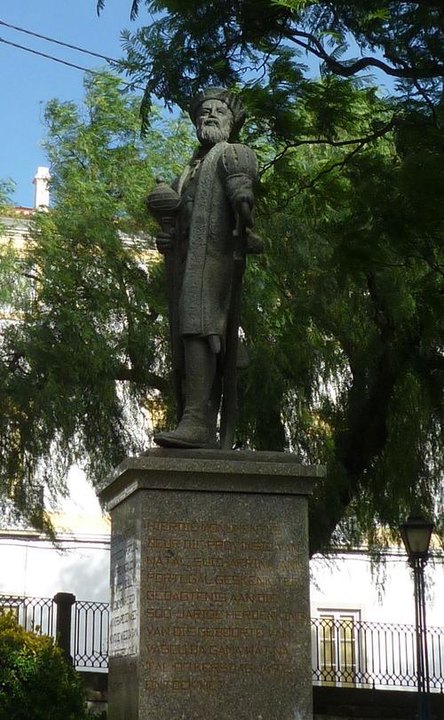 エヴォラ、ヴァスコ・ダ・ガマ像(2)081