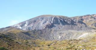pict-P1060175一切経山の噴気