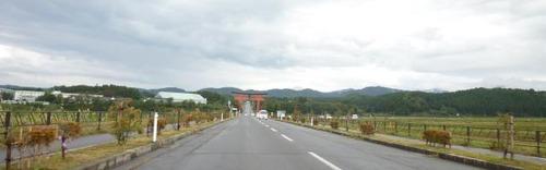 pict-羽黒山への道-羽黒山大鳥居-1
