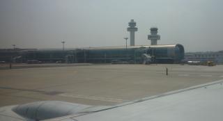 pict-P1030357済州空港