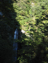 まぼろしの滝と穴観音滝