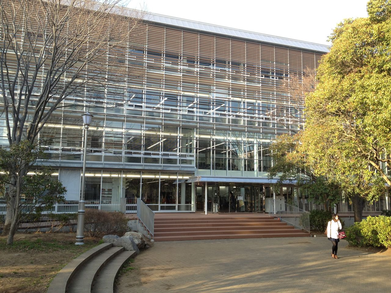 千葉大学 図書館 に対する画像結果