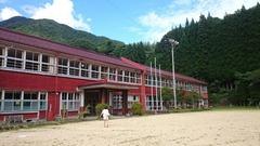 湯屋木造校舎