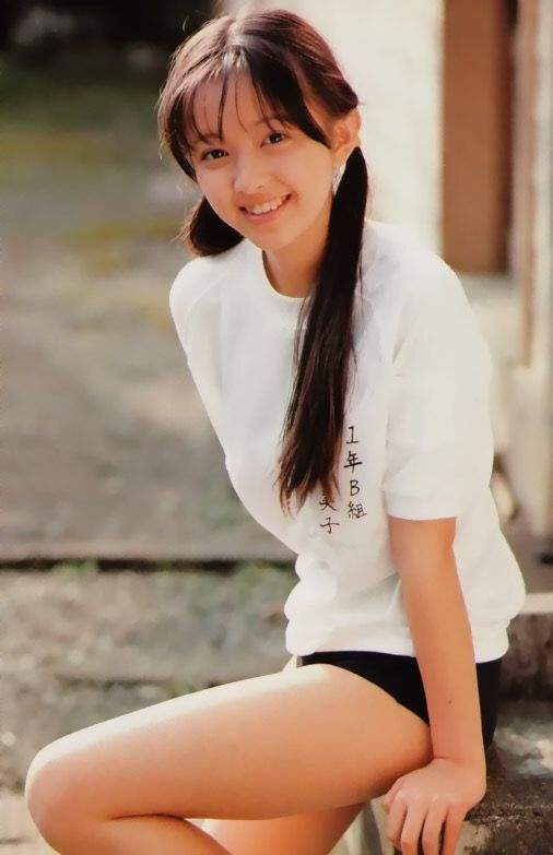 【エンタメ画像】【悲報】美少女13歳が41歳になるとこうなる(画像あり)
