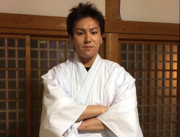 【エンタメ画像】《悲報》狩野英孝の実家神社が台風で大変なことに!!!!!!