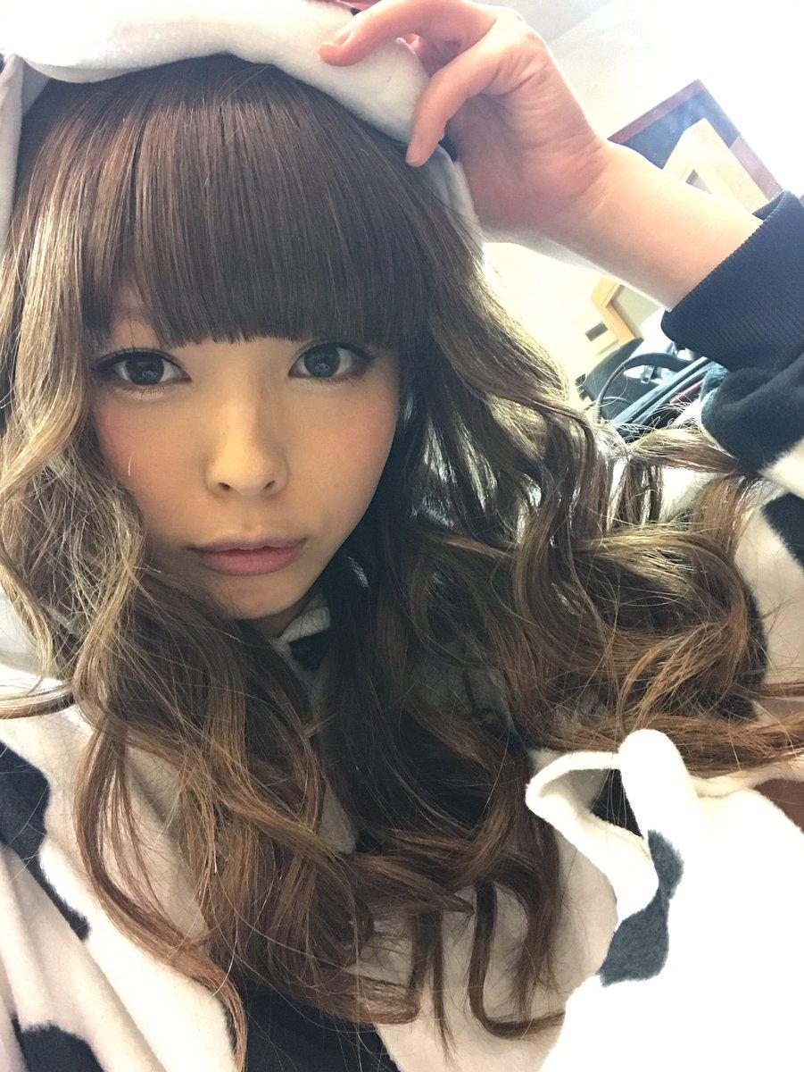 【エンタメ画像】【画像】最上もがが茶髪の毛ロングヘアにイメチェンした結果wwwwwwwwwwww