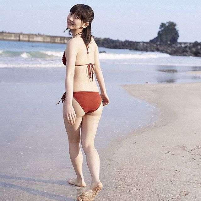 【エンタメ画像】吉岡里帆がグラビアを嫌がった理由が1枚で分かる画像 これは許した!!!