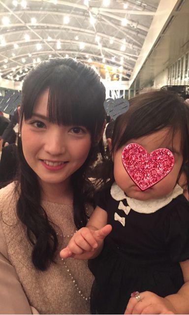 【エンタメ画像】【画像】道重さゆみさん、母の目を盗み幼女の写真を撮ることに成功する