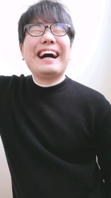 星野源が笑うと石破茂に!? ペアーズのプロフ写真をとりなおし!02