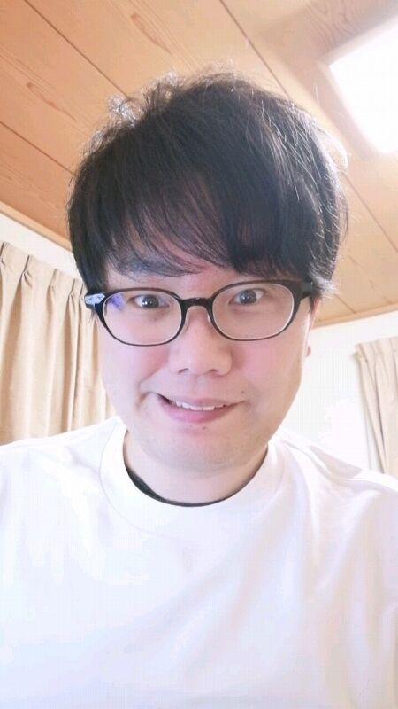 【岡山の星野源】おいら氏、笑顔の練習をする03
