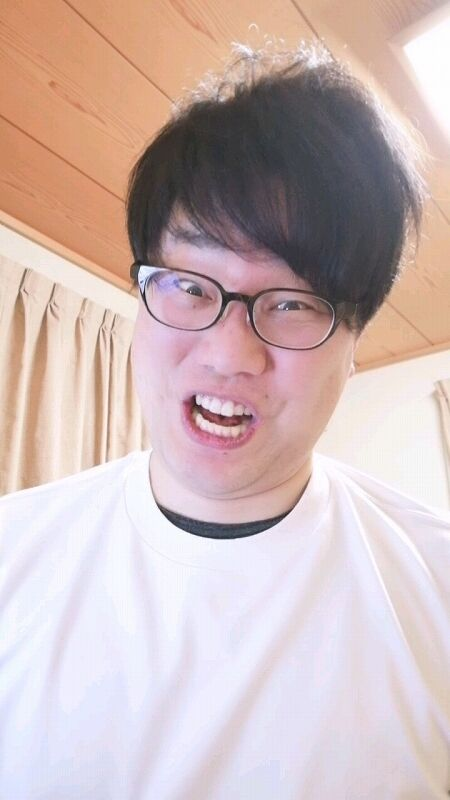 【岡山の星野源】おいら氏、笑顔の練習をする10