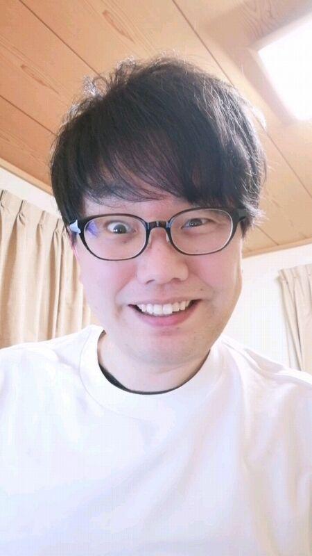 【岡山の星野源】おいら氏、笑顔の練習をする02