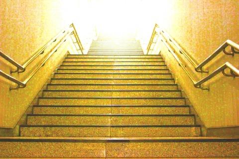 光の見える階段