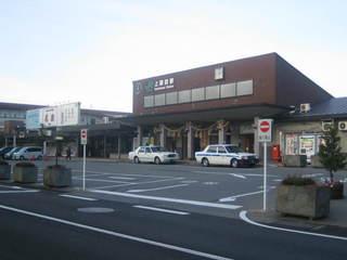 二日目 早朝の上諏訪駅
