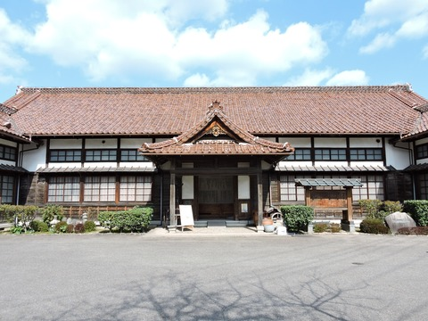 益田市立歴史民俗資料館 正面