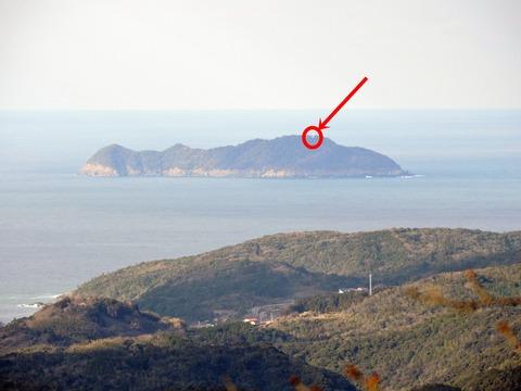 益田市の比礼振山(権現山)より高島灯台の風景