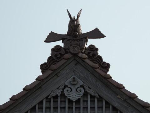 益田市 戸田 恵比寿神社 鯱瓦 大きな胸鰭