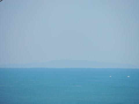 益田市から見島が見えた。元画像1