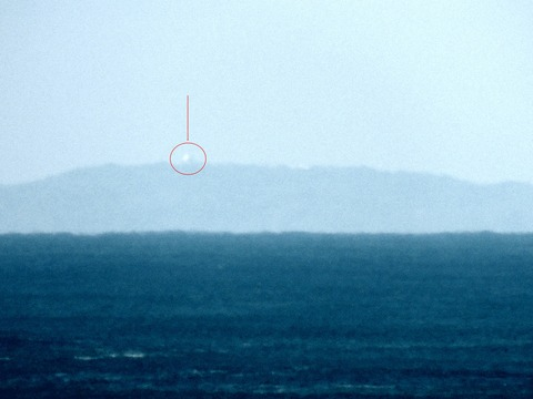 益田市から見島が見えた。オートコントラストac説明