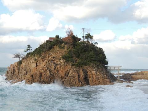 「宮ヶ島」恵比須神社12月の風景益田市小浜町