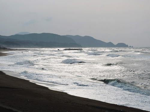 白い日本海の風景(益田市)20150407