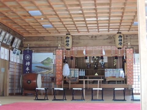 益田市 高津柿本神社 拝殿 左