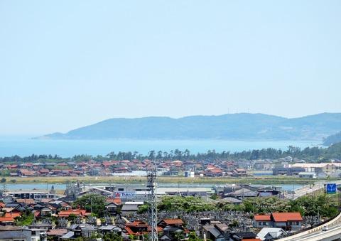 島根県立万葉公園 子どもの広場からの益田市の風景
