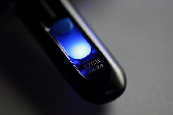 USBメモリ_08