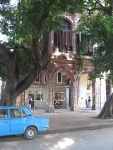 cuba blue car