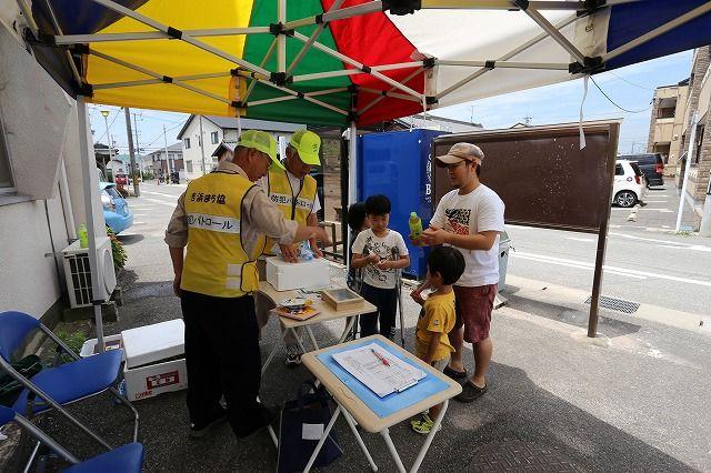 防犯グループ『青パト乗車体験会』を開催しました。の画像