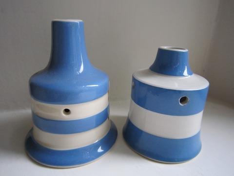b560ffbb67eb2347c3d1c9e8e6d25720--kitchenware-blue-and-white