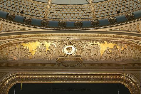 Proscenium-arch-Royal-opera-house