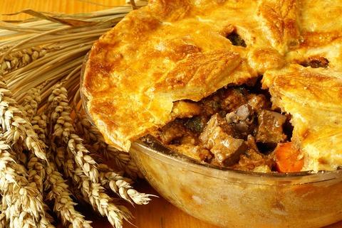 Rich-Steak-and-Kidney-Pie