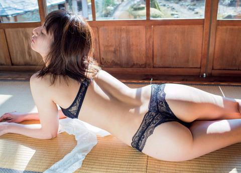 大塚千弘4